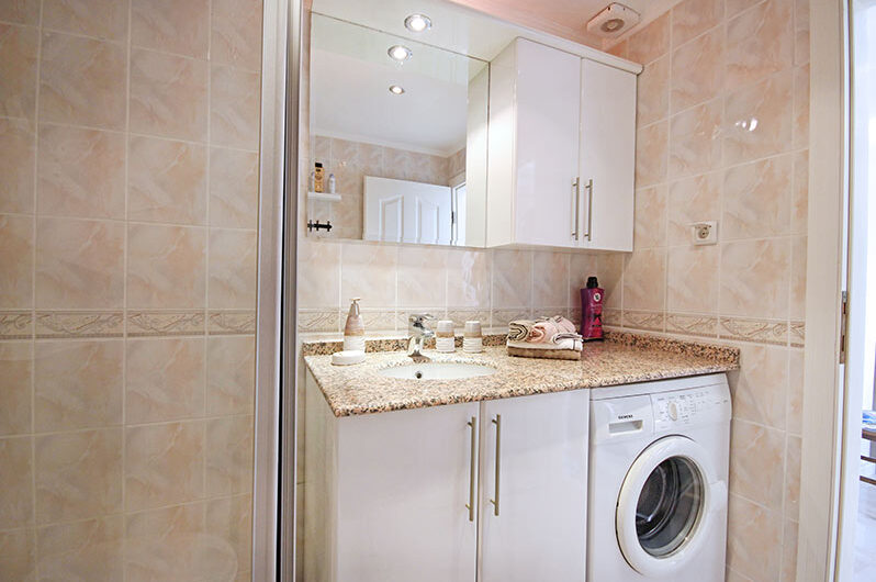 Fully furnished 3+1 For sale apartment in  Alanya/ Kargicak