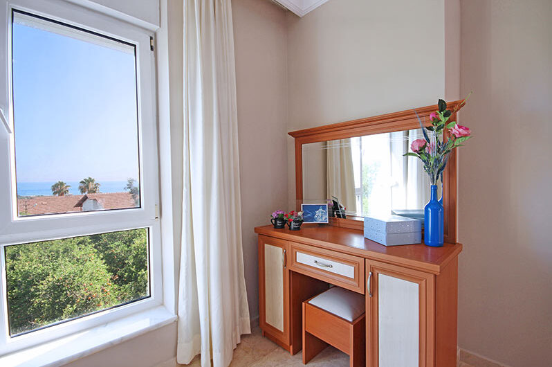 Fully furnished 5+1 For sale villa in Alanya/ Demirtaş