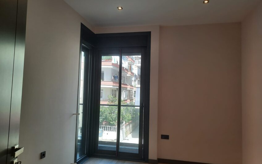FOR SALE ULTRA LUXURY 2 + 1 AND 3 + 1 RESİDENCE FLATS İN ALANYA