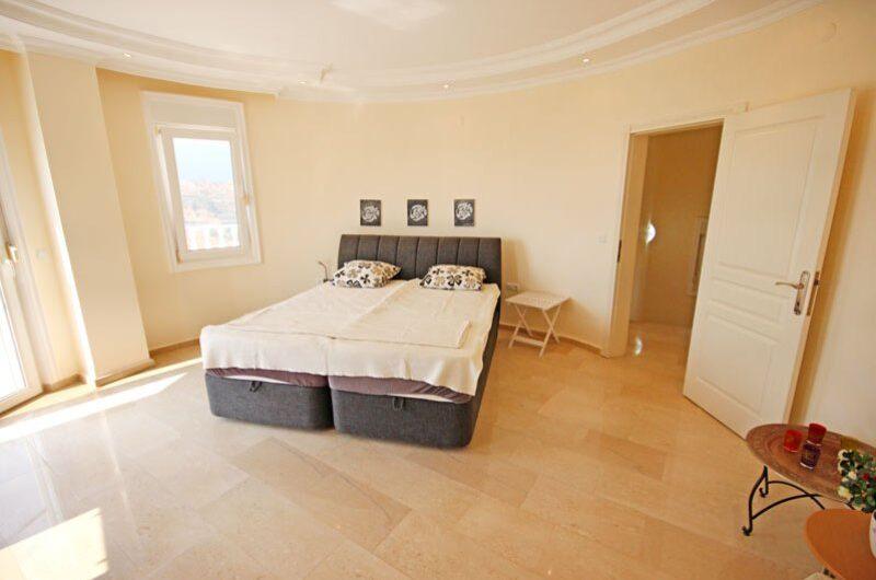 For sale 4+1 Villa in Kargicak/Alanya-Turkey