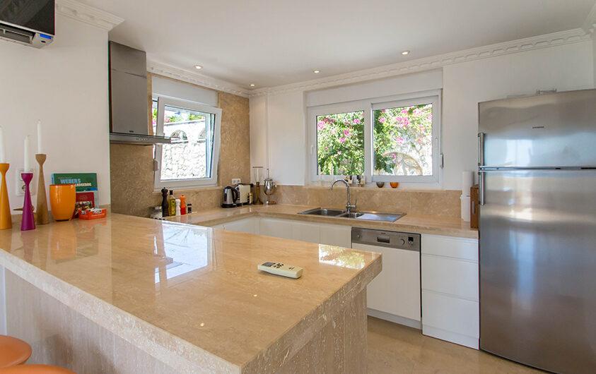 Fully furnished ultra luxury villa for sale in Alanya/ Konakli